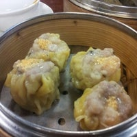 Photo taken at Dim Sum King 點心皇 by Butter C. on 12/23/2012