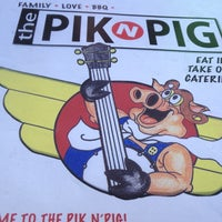 Photo taken at Pik n Pig by Stephanie T. on 6/8/2013