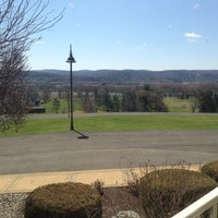Photo taken at Traditions At The Glen Resort & Hotel by Ryan Y. on 4/25/2013