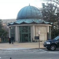 3/27/2013 tarihinde A K.ziyaretçi tarafından S. Dillon Ripley Center'de çekilen fotoğraf