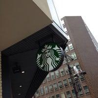 7/21/2013にチェックインおじさんがStarbucks Coffee 御堂筋本町東芝ビル店で撮った写真