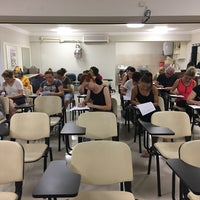Photo taken at izmir kuaförler ve guzellik salonu isletmecileri odasi by 🌪💧💦Erhan🌪💧💦 on 6/21/2016