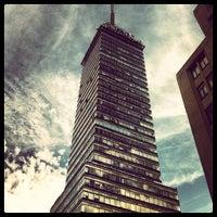 Foto tomada en Torre Latinoamericana por Joe L. el 12/31/2012