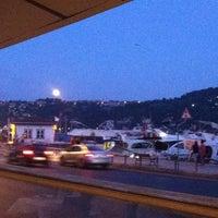 9/30/2012 tarihinde Goke C.ziyaretçi tarafından Arnavutköy Balıkçısı'de çekilen fotoğraf