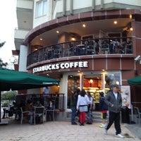 11/18/2012 tarihinde Cigdem C.ziyaretçi tarafından Starbucks'de çekilen fotoğraf