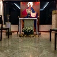 Photo taken at Centro de Evagelização Comunidade Católica Shalom by Aparecida D. on 8/9/2014