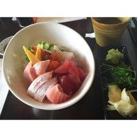 Foto scattata a Sushi Hanabi da Hazwani I. il 1/14/2016
