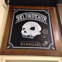 Foto tirada no(a) Shelton Theater por Aaron R. em 4/16/2014