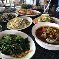 Photo taken at Pa Lai Seafood Restaurant by Palm C. on 8/17/2017
