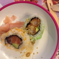 Photo taken at YO! Sushi by Mari D. on 8/2/2013