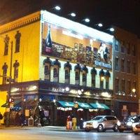 Foto scattata a Fado Irish Pub da Lori B. il 12/15/2012