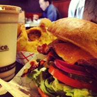 Photo taken at Red Mill Burgers by Stefan F. on 2/1/2013