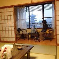 Photo taken at 京都東山荘 by ika_samax on 11/3/2013