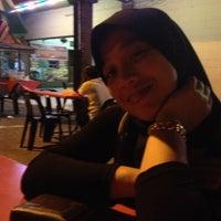 Photo taken at Restoran Vicchuda Meru Indah by Zarrul Aizat on 4/21/2013