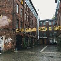 Снимок сделан в Co-op Garage пользователем Julie G. 9/21/2015