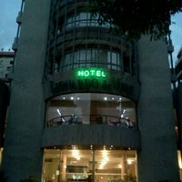 Foto tomada en Hotel Leonardo Da Vinci por Marcos J. el 12/4/2012