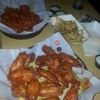 Photo taken at Buffalo Wild Wings by TeenaMarie F. on 9/22/2013