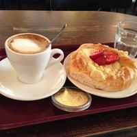 Das Foto wurde bei Café Esplanad von Juho T. am 6/26/2013 aufgenommen