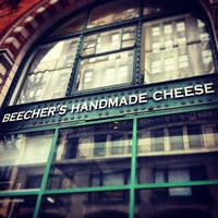 3/21/2013にMichael A.がBeecher's Handmade Cheeseで撮った写真