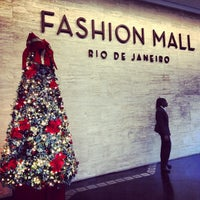 Photo taken at Fashion Mall by Romano on 12/2/2012