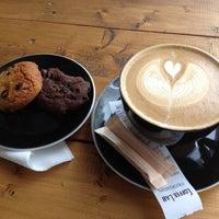 Photo taken at Coffee Lab - 1st Espresso Bar by Konstantinedes P. on 11/28/2012