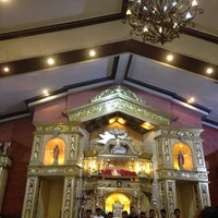 Photo taken at Santo Sepulcro Parish Church by Yen R. on 11/9/2014