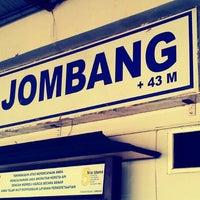 Photo taken at Stasiun Jombang by Fis I. on 8/12/2013