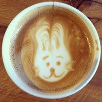 Снимок сделан в Oslo Coffee пользователем Schuyler P. 3/31/2013