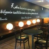 9/8/2013 tarihinde Murathan F.ziyaretçi tarafından Starbucks'de çekilen fotoğraf