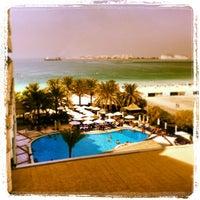 9/30/2013 tarihinde Stuart P.ziyaretçi tarafından Hilton Dubai Jumeirah'de çekilen fotoğraf