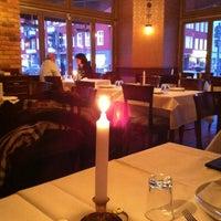2/12/2013 tarihinde Василий Р.ziyaretçi tarafından Hasir Restaurant'de çekilen fotoğraf