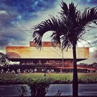 Foto tomada en Roxas Boulevard por vrian L. el 1/20/2013