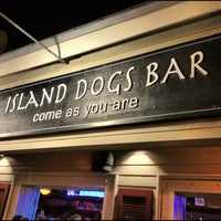 Photo taken at Island Dogs Bar by Kuanyu C. on 9/15/2012