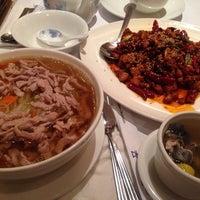 5/21/2014にGigi👼がOllie's Sichuan Restaurantで撮った写真