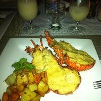 Photo taken at Manta Raya Restaurant by Carlos R. on 6/27/2013