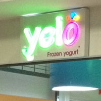 Photo taken at Yelo Frozen Yogurt by Johnny P. on 2/18/2013