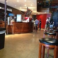 Photo prise au Caffé Medici par James H. le10/1/2012
