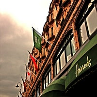Photo taken at Harrods by Yasser R. on 7/20/2013
