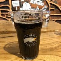 Das Foto wurde bei Goose Island Beer Co. von Mark P. am 4/29/2018 aufgenommen