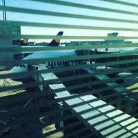 Photo taken at Lufthansa Flight LH 462 by Jan G. on 11/6/2016