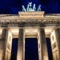 Photo taken at Brandenburg Gate by Gerardo X. on 6/18/2013
