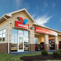 Photo taken at Valvoline Instant Oil Change by Corporate VIOC M. on 12/18/2016