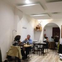 Foto tomada en Triciclo Restaurante y Barra por Juan Carlos C. el 4/28/2014