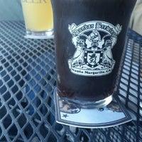 Photo taken at Dunbar Brewing by Foggy Memories B. on 10/8/2015