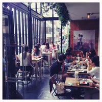 Photo taken at PARIYA 青山店 by Gabriel D. on 9/14/2013