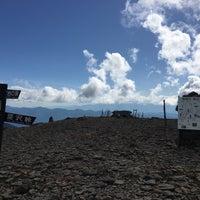 Photo taken at 硫黄岳山頂 by Shuichi H. on 6/4/2017