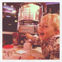 Photo taken at Silver Diner by Elizabeth W. on 5/18/2013