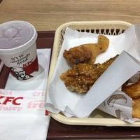 Photo taken at KFC by Tomomasa Y. on 10/5/2017