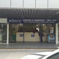 Photo taken at Jôsy - Acertos e Consertos by Alisio M. on 6/14/2014
