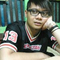 Photo taken at Waroeng Huhah by Agien W. on 1/27/2012